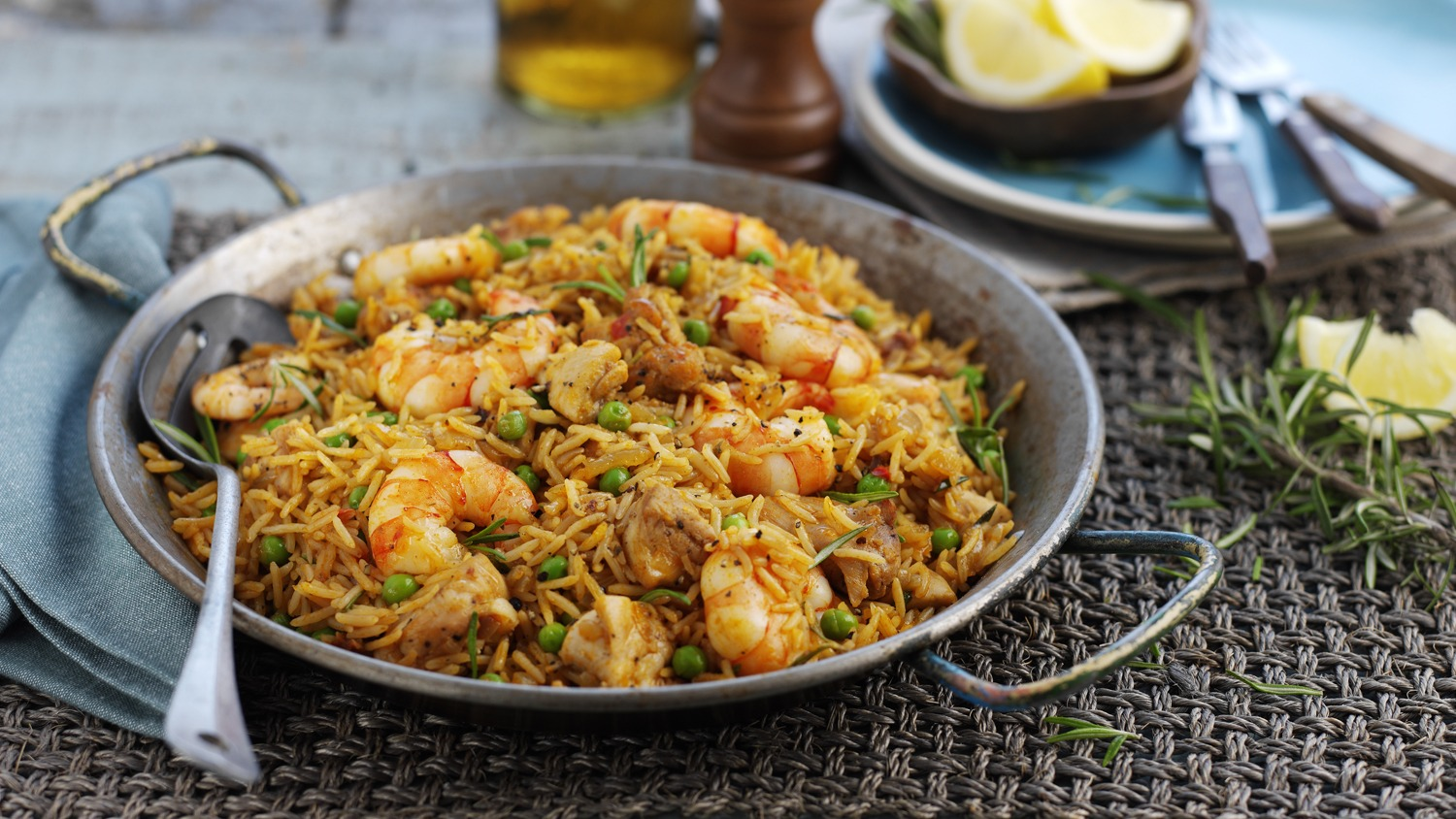 Quick & Easy Paella with Chicken & Prawns