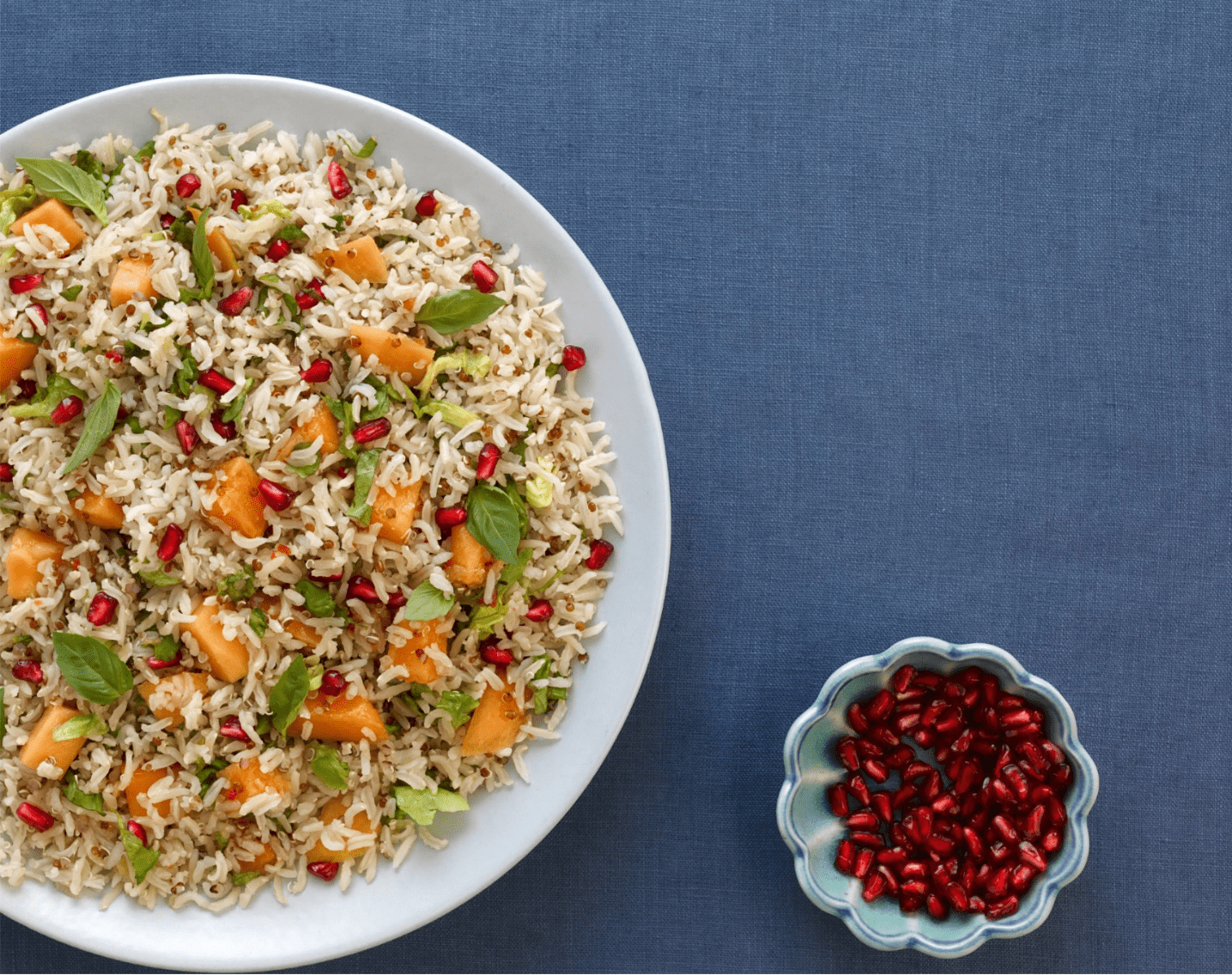 Crunchy papaya, brown rice and quinoa salad